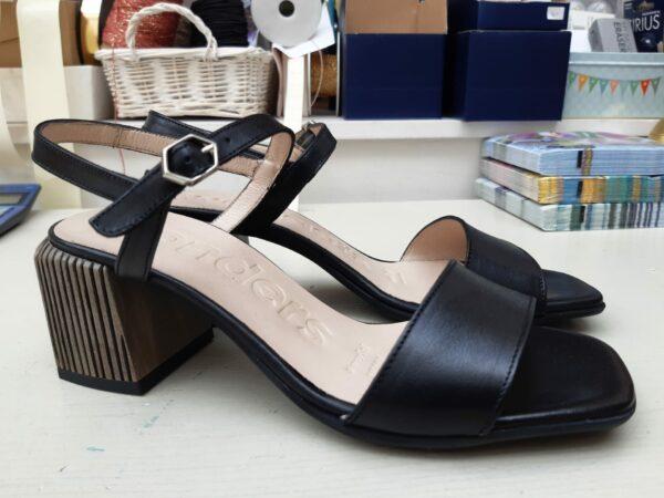 wonders black shoe 7601 karma