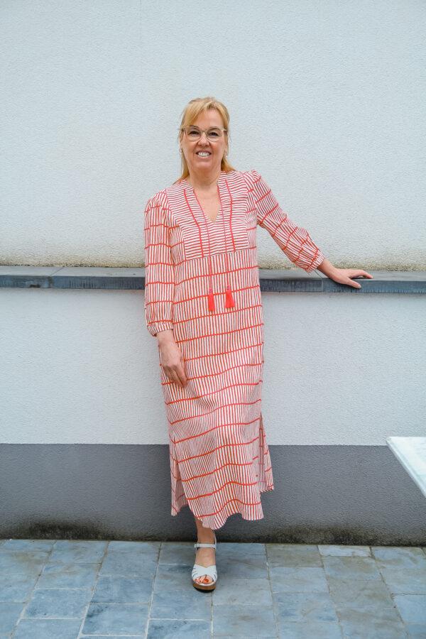 mayerline jurk wit fuchsia karma 3
