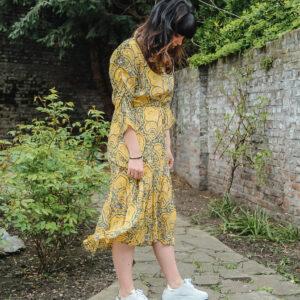 esqualo gele jurk met print karma