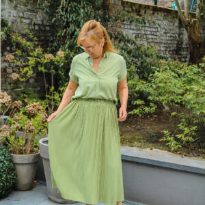 samsoeensamsoe plisse rok pistache groen karma 1